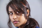 khenisha chandran glam pics-thumbnail-2