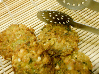 broccoli chickpea fritter