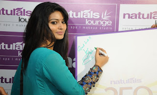 Sneha and Prasanna Pictures at Naturals Lounge 250th Showroom Launch 0005
