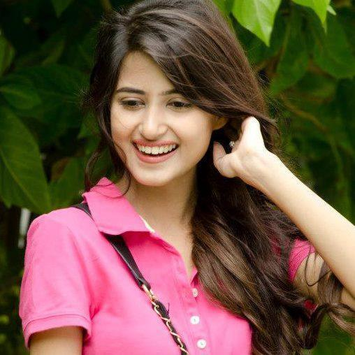 Sajal ali Age , Boy friend ,Biography ,unseen Image ,New image