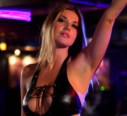 club strippers tetas