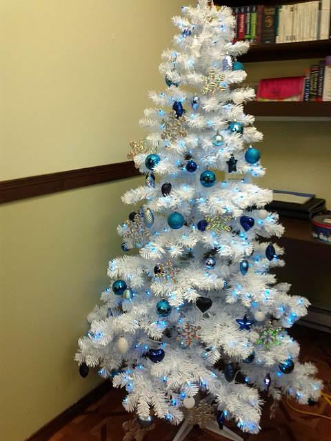 Luhivy 39 S Favorite Things Silver White And Blue Christmas