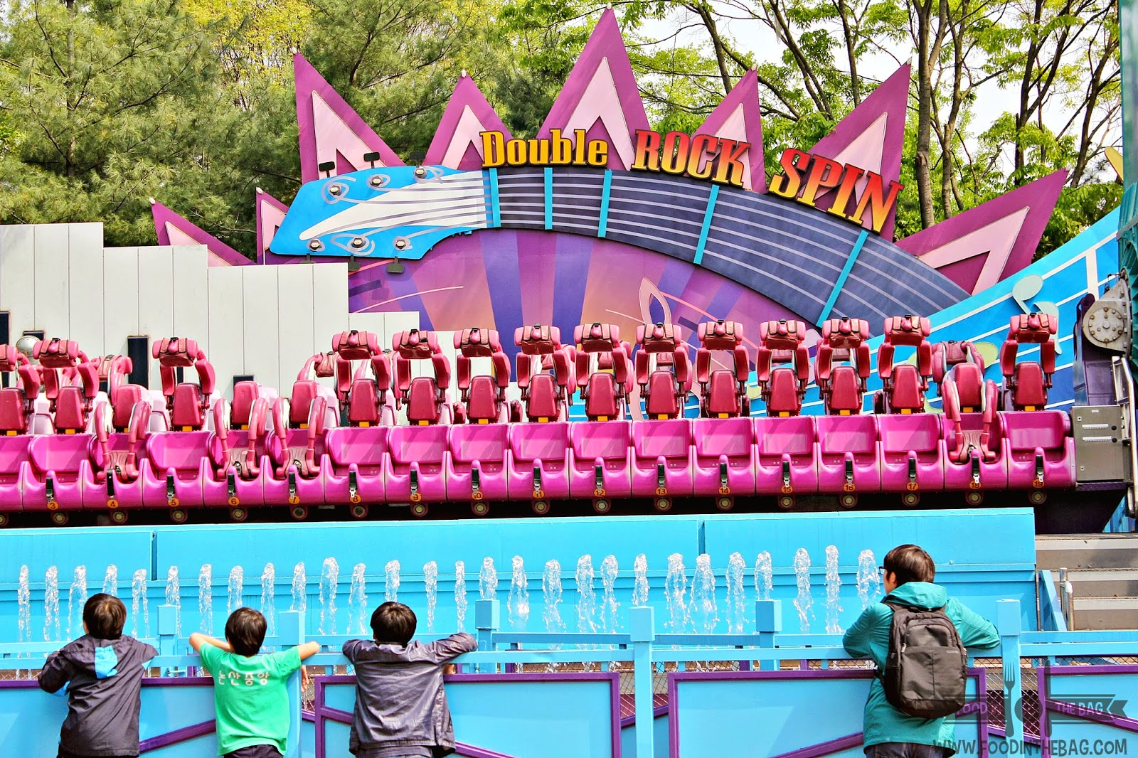 samsung and theme park in korea 2 essay On day 4 of our korea vacation, we visited everland - world's seventh largest outdoor amusement park and stayed at yong pyong all seasons resort.