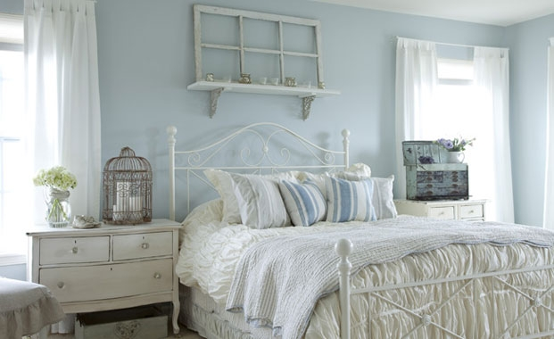 bedroom design ideas 2012 calm and relaxing blue and white bedroom