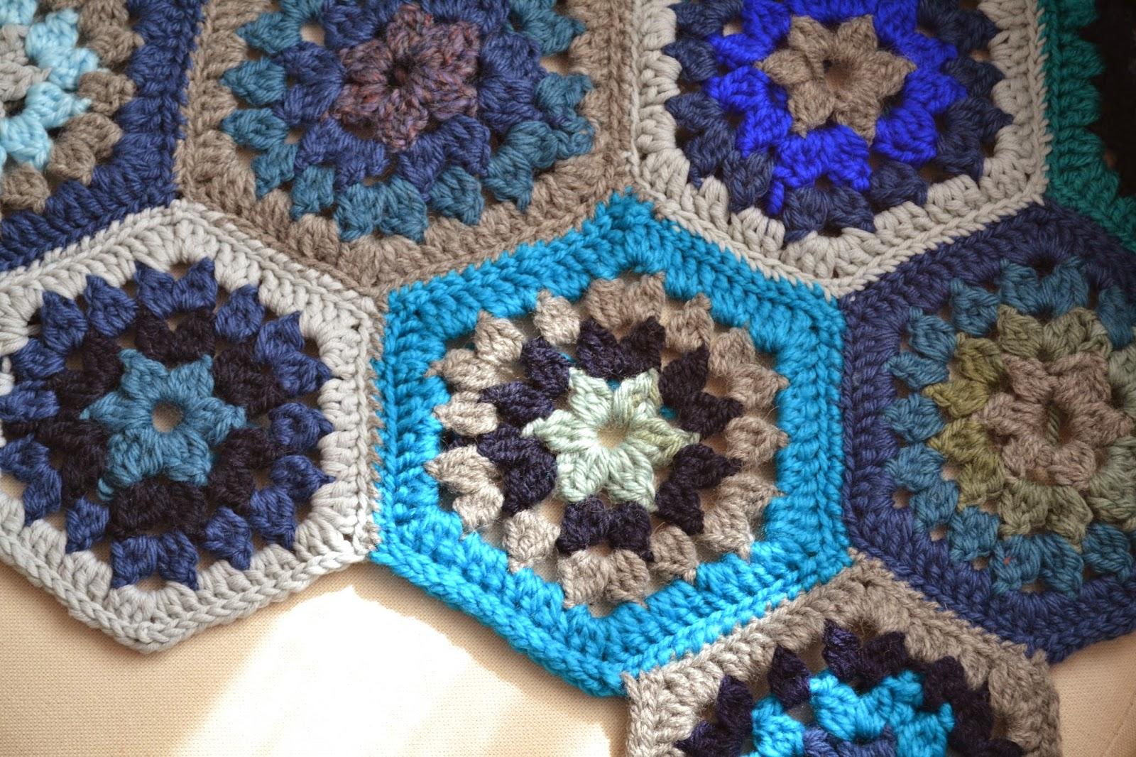 tejealmu: Manta con pastillas hexagonales