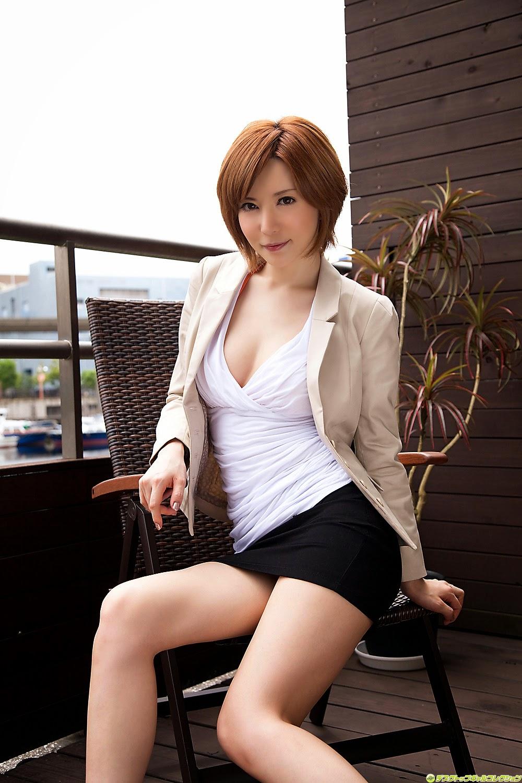 yuria-satomi-00980834