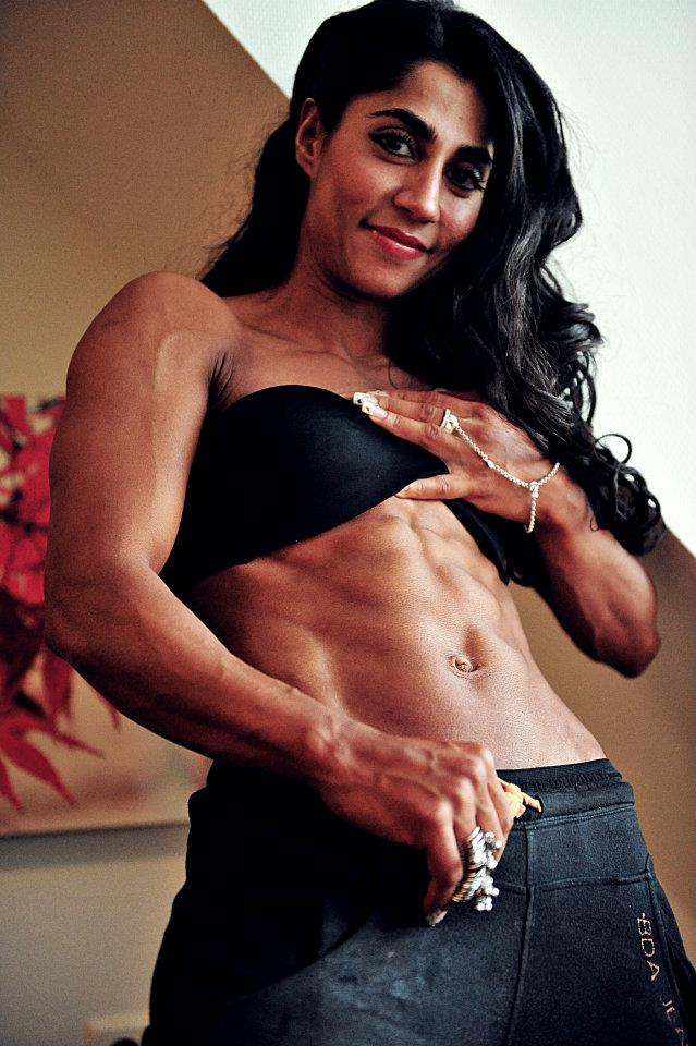 what country female bodybuilder arti sharma from