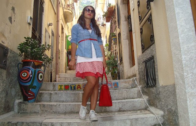 fashion blogger taormina