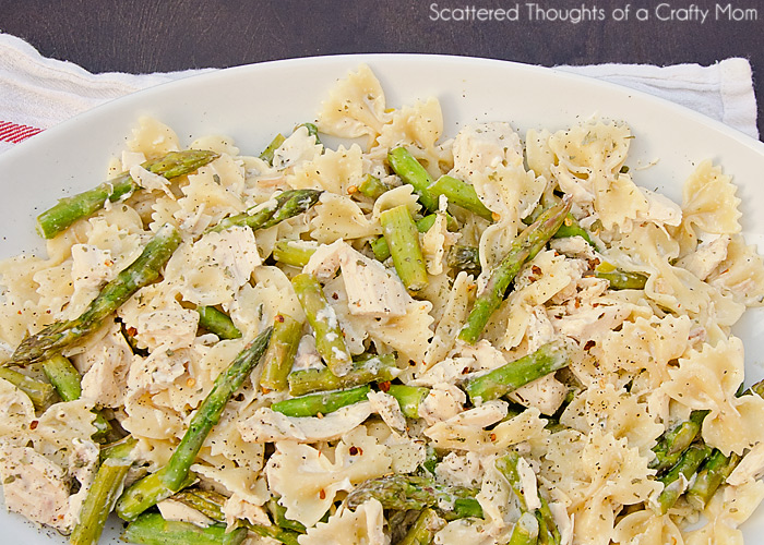 Creamy Chicken and Asparagus Pasta | Scattered Thoughts of a Crafty ...