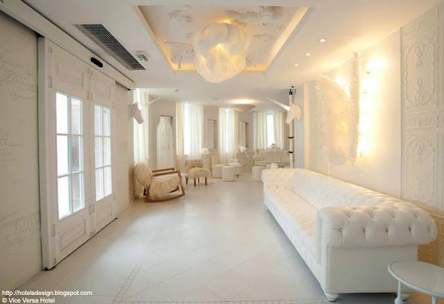 les plus beaux hotels design du monde vice versa hotel by chantal thomass paris france. Black Bedroom Furniture Sets. Home Design Ideas