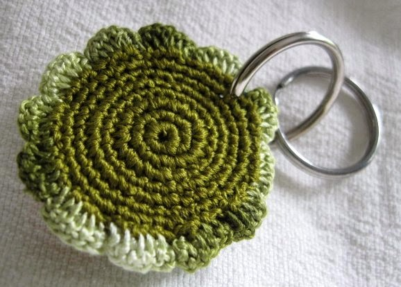https://www.etsy.com/listing/194138168/crochet-keychain-2-inch-multicolor?ref=shop_home_active_1