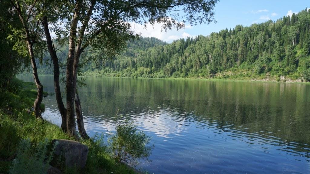 Каждый шорец относился с почтением к духам-хозяевам гор и рек