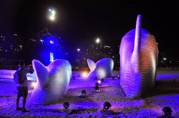 Giant Fish Sculptures Made from Discarded Plastic Bottles in Rio 5