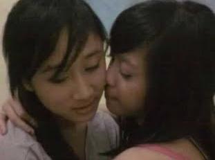 http://kroco31.blogspot.com/2012/07/6-alasan-cewek-kenapa-menjadi-lesbian.html