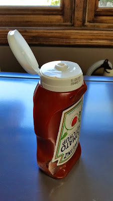 Living Hinge - Ketchup bottle