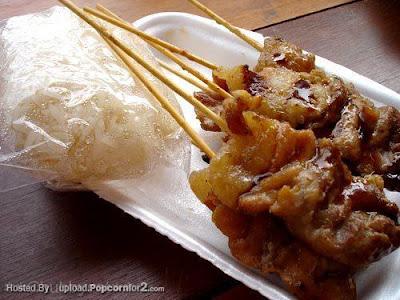 ข้าวเหนียวหมูปิ้ง_Grilled Pork with Sticky Rice_焼き豚ともち米
