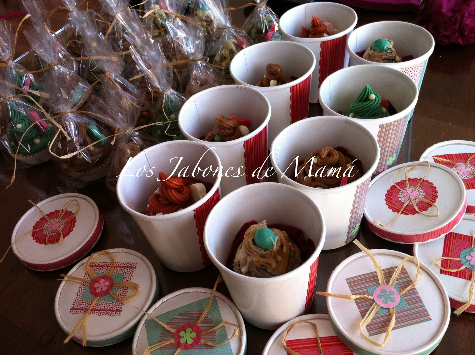 Los Jabones De Mama Regalos De Navidad Para Profesoras Cupcake De - Regalos-de-navidad-para-mam