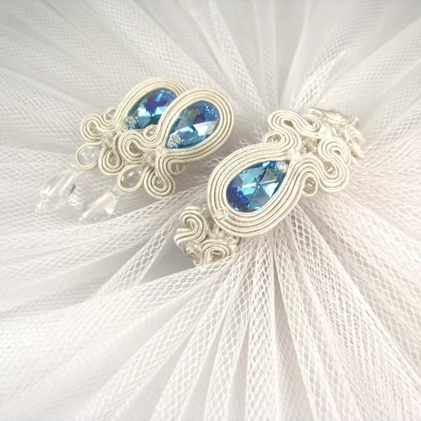 """Soutache ślubny z niebieskimi kryształami """"Say YES""""."""