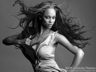 Some B&W wallpapers of Tyra Banks - picture 1