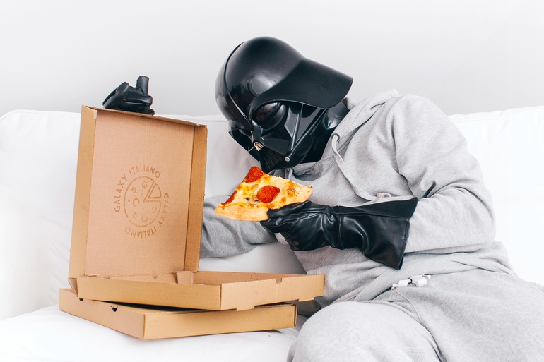 16-Pizza-time-Pawel-Kadysz-Photographs-of-Darth-Vader-away-from-Star-Wars-www-designstack-co