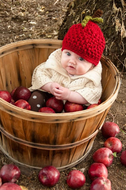 Toddler Apple Hat with Stem