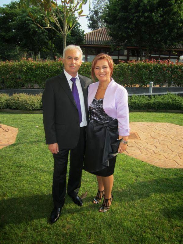 Mi prima Chelo con su esposo