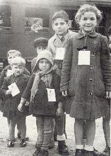Bambini e adolescenti durante la 65