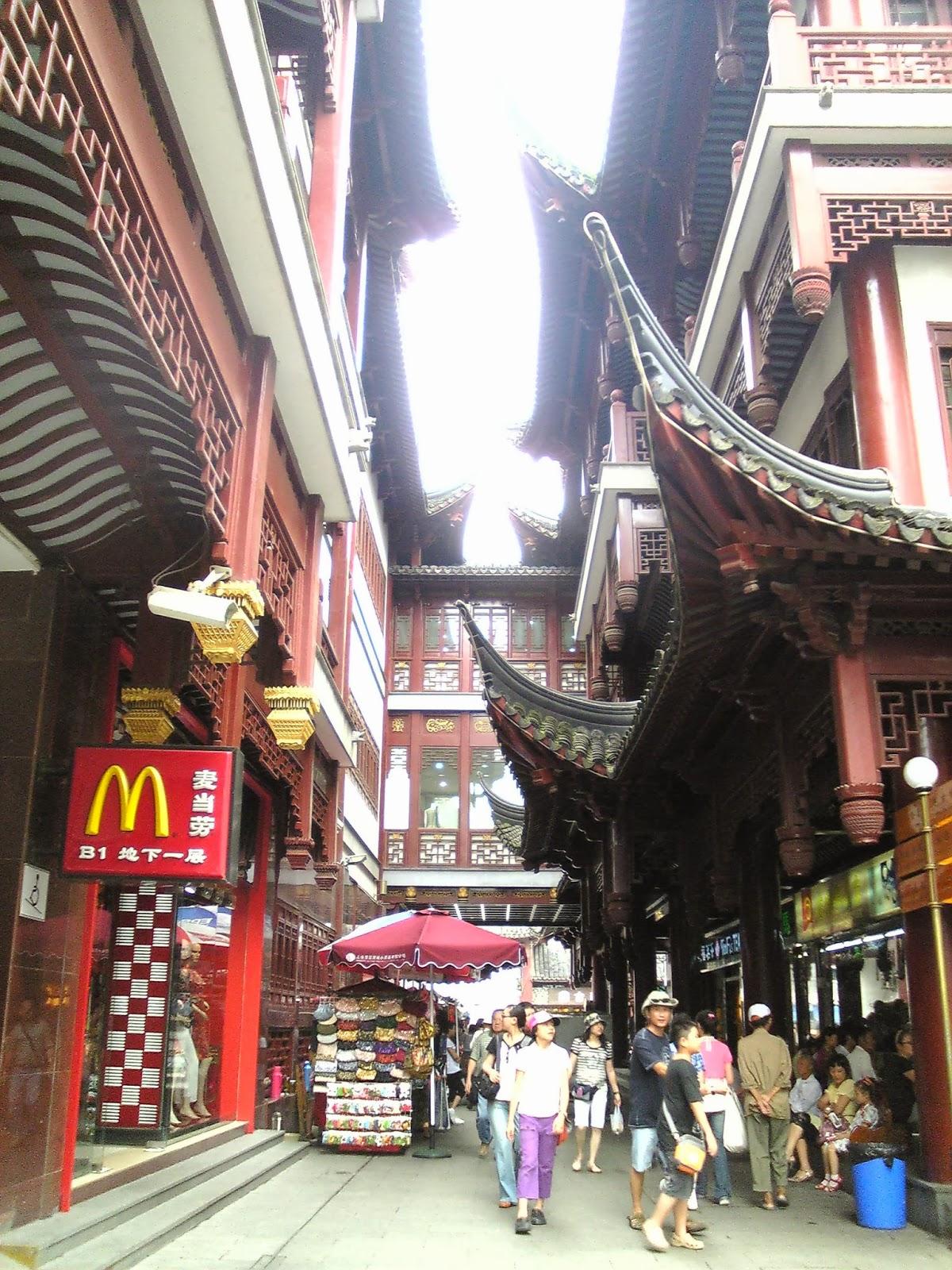 yu garden yuyuan map walk along shanghai old street shanghai laojie to the very touristy yuyuan garden and have some
