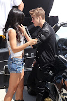 Justin Bieber Kisses Selena Gomez Look Alike In 'Boyfriend' Video