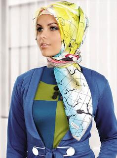 Model hijab terbaru edisi lebaran gaya masa kini