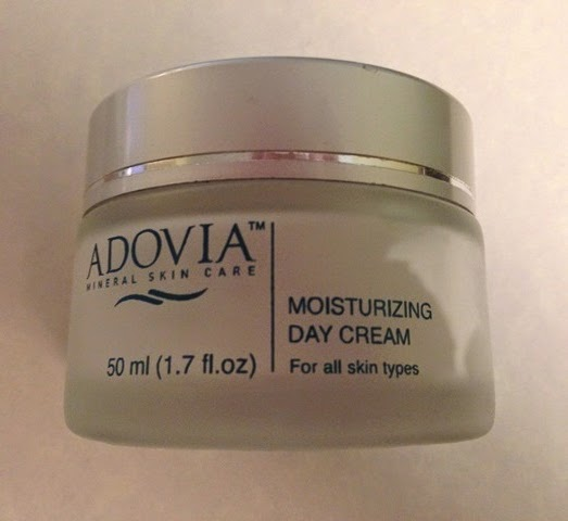 1oz jar of Adovia Moisturizing Day Cream
