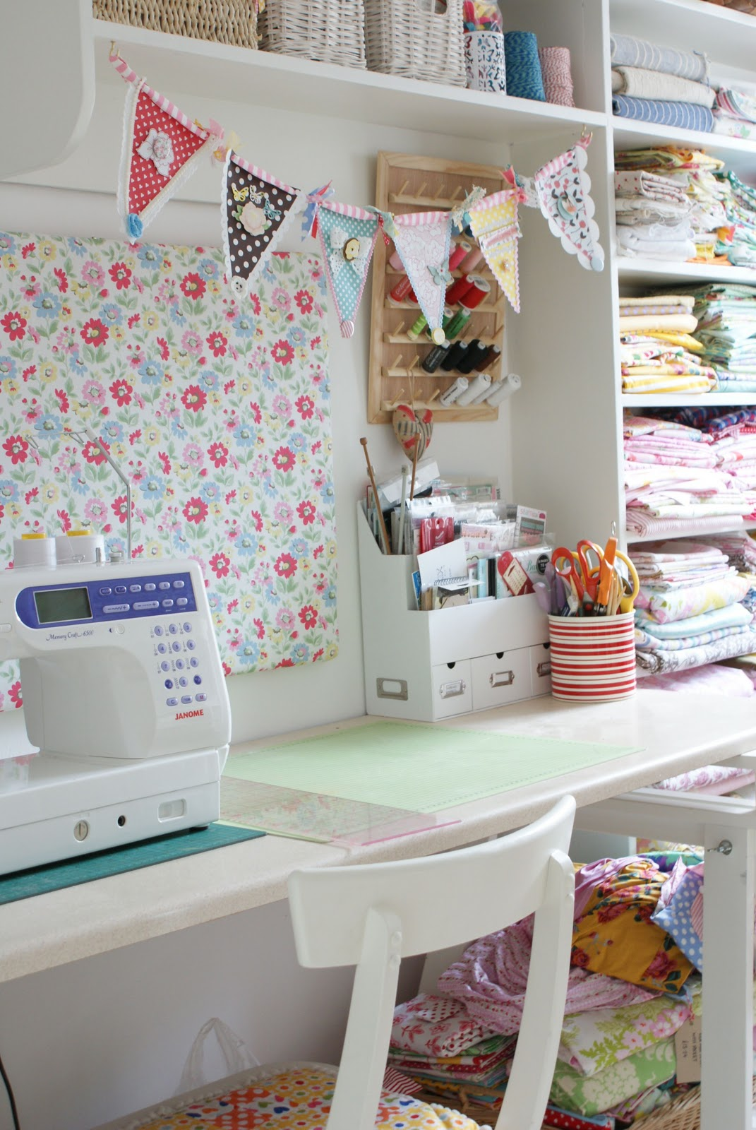 Messyjesse a quilt blog by jessie fincham our first for Craft and sewing room ideas