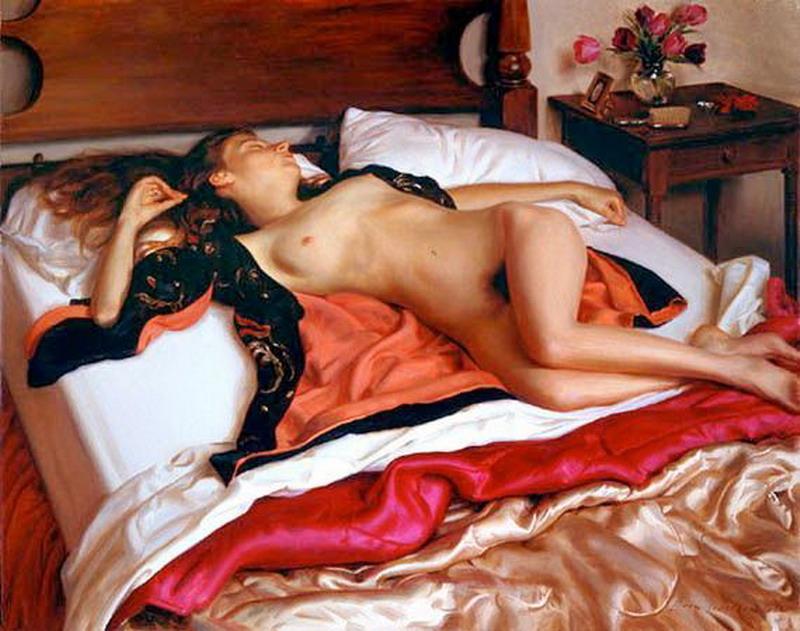 Desnudo gratis womed en la cama fotos