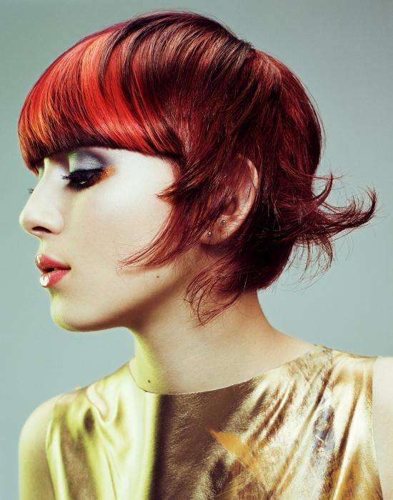 fiesta masaje cabello rojo