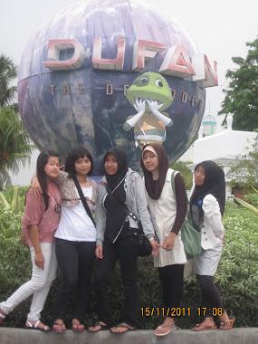 Teman-teman PLB 2009