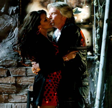Neha dhupia hot kissing