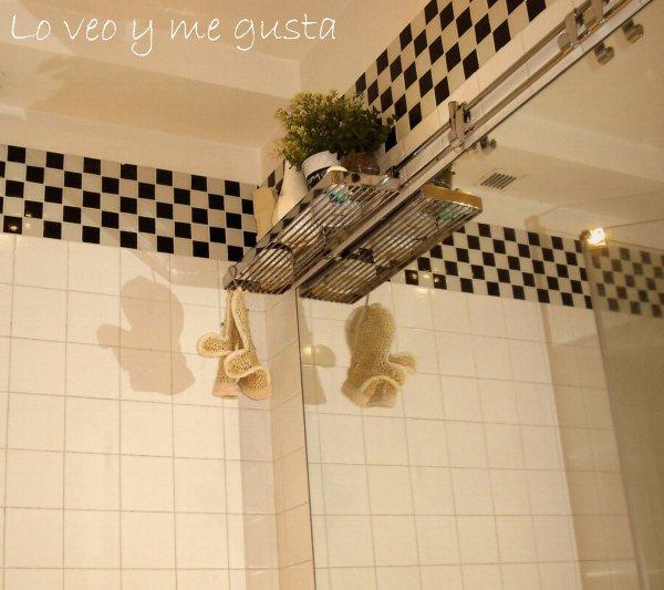 Azulejos Baño Sueltos: tarde cuando los azulejos de la pared de enfrente, empezaron a caer