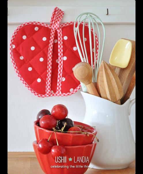 łapka do garnków w kształcie jabłka | apple-shaped pot holder