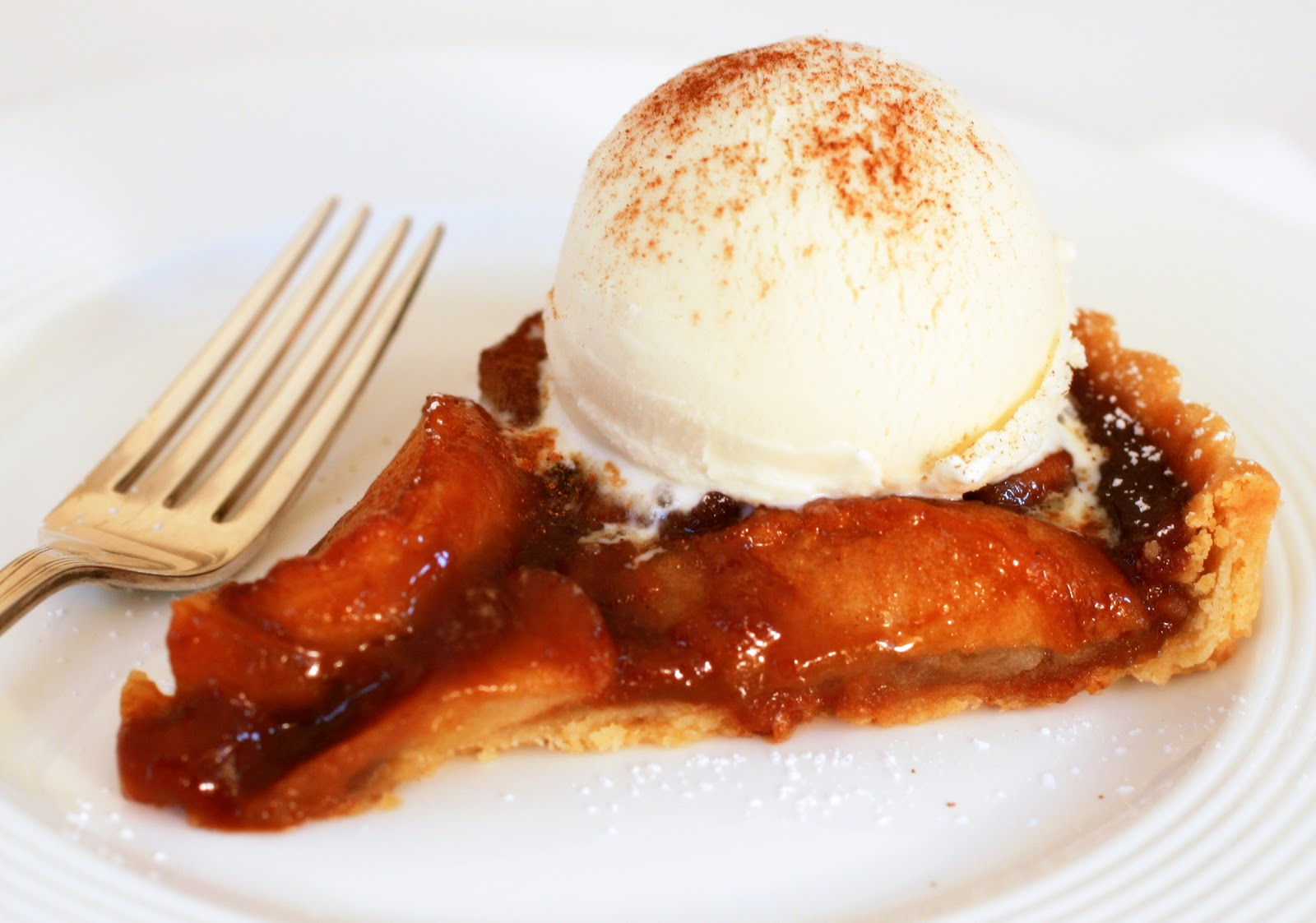 Tish Boyle Sweet Dreams: Caramel Apple Tart