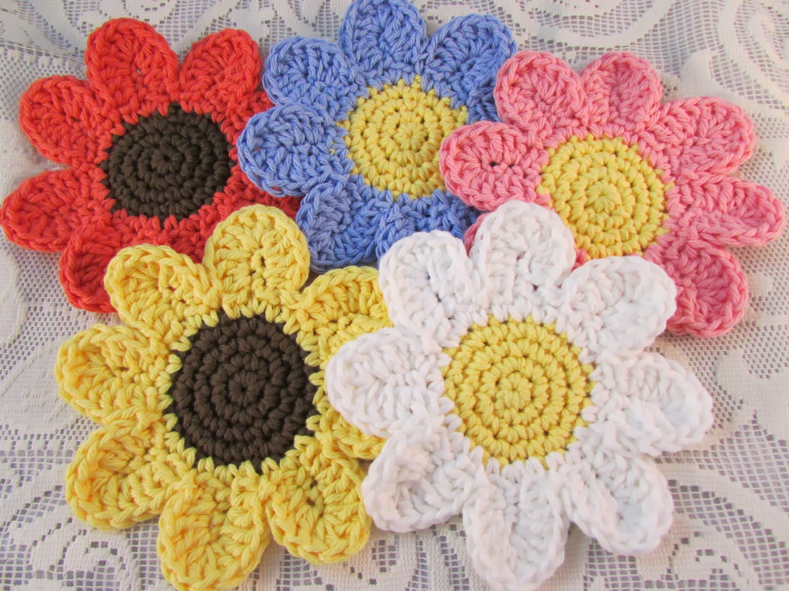 Nancy Drew Designs: Crocheted daisies and spring fever