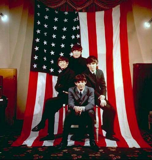 The Beatles Polska: Sesja fotograficzna z amerykańską flagą