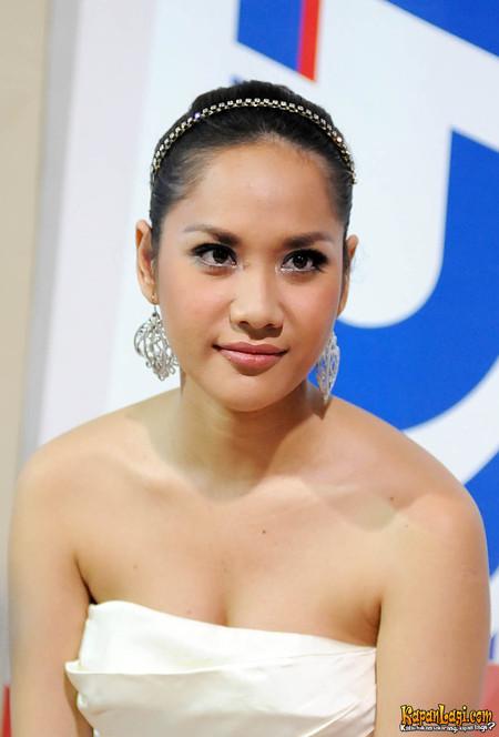 citra lestari bunga indonesian opera soap entertainment senandung abg bieber puberty starring justin among others