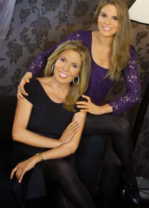 Foto de Maribel Yébenes junto a su hija
