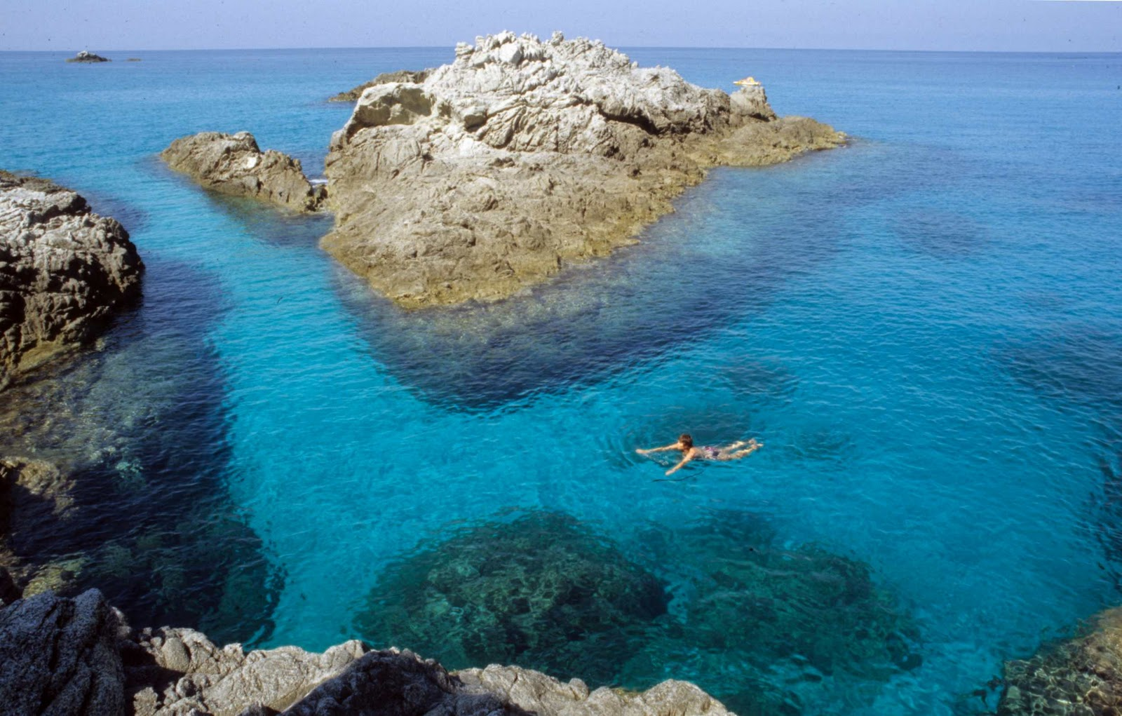 capo dorlando black girls personals Capo d'orlando it's a small town spreading on the omonymous promontory, characterized by a thick deep green vegetation and by cliffs and stacks.