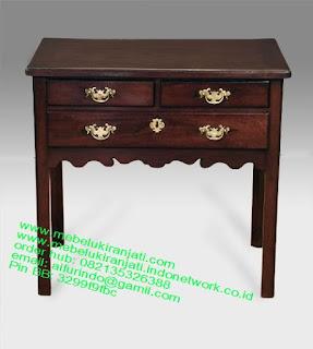 Mebel jepara mebel jati jepara mebel jati ukiran jepara nakas jati ukir klasik cat duco classic furniture jati jepara code NKSJ 157 NAKAS KLASIK