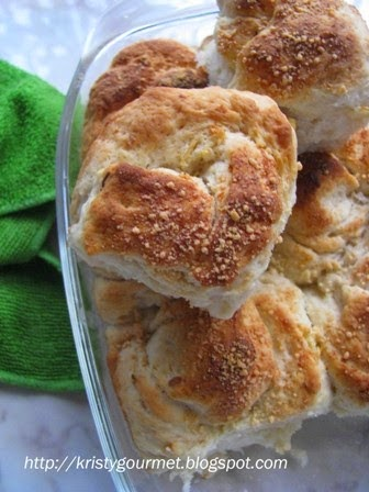 Guyanese Garlic Butter Rolls