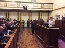 Alessandria unita contro il rischio di fallimento dell'azienda Borsalino