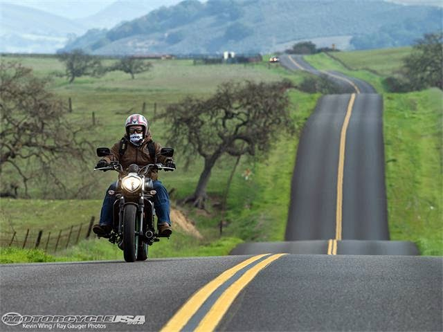 http://motorcyclesky.blogspot.com/110010/Motorcycle-Photo-Gallery-Photo/2015-Kawasaki-Vulcan-S-First-Ride.aspx