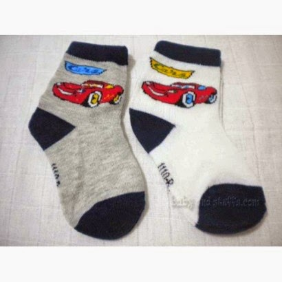 children's socks embroidered car motifs