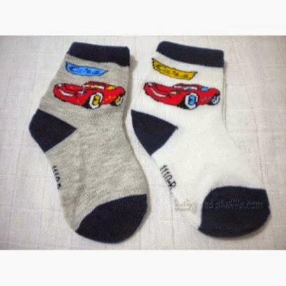 children's socks embroidered car motifs